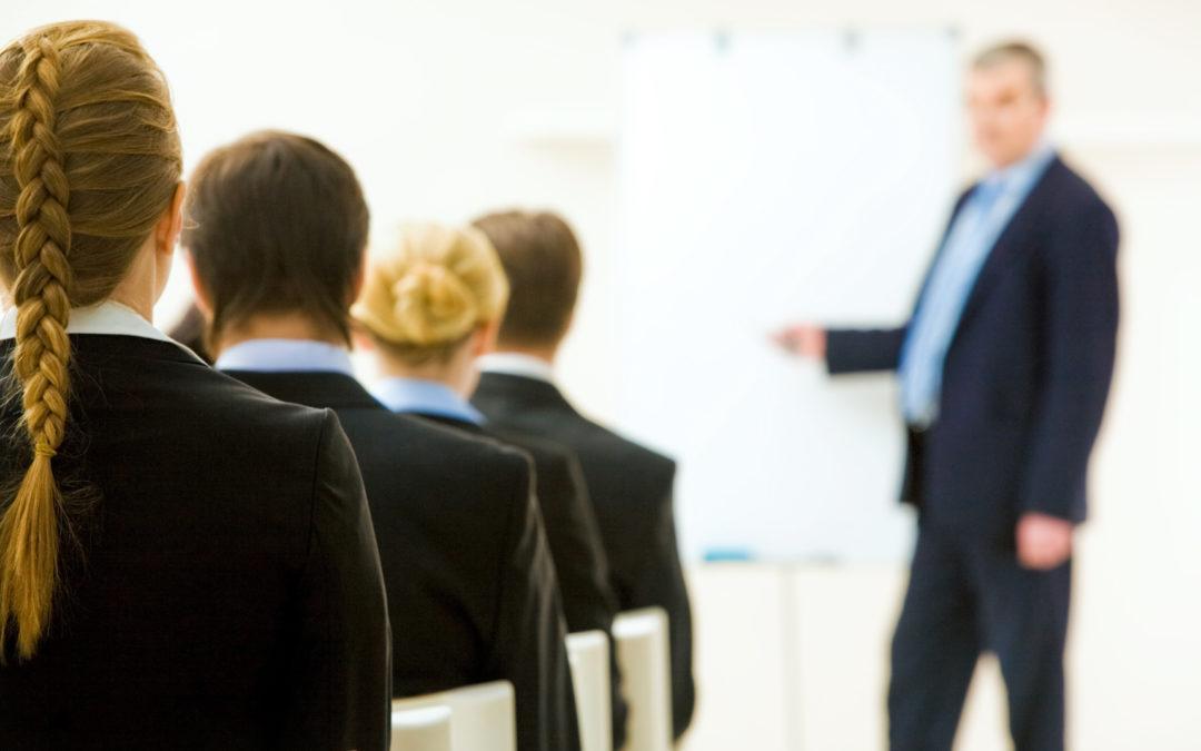 Podwyższanie kwalifikacji przez handlowców – czy jest to konieczne?